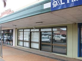 Retail/commercial Building - Prime Location