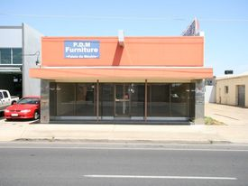 Fantastic Retail Opportunity In Fast Developing Precinct.